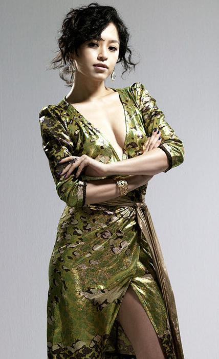 Kang Sung-yeoun (강성연)
