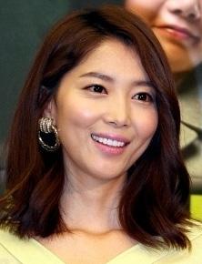 Oh Yoon-ah (오윤아)