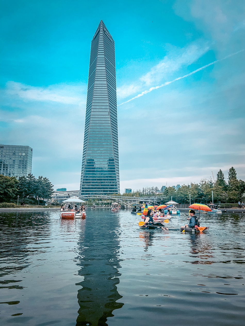 Posco Tower at Songdo Central Park (Credit: Adventures with NieNie)