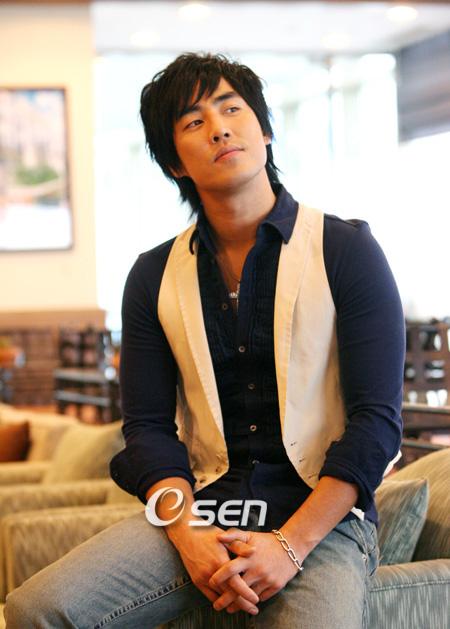 Kim Sung-su (김성수)