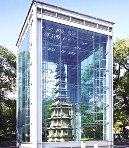 円覚寺址の十層石塔(写真提供:文化財庁)