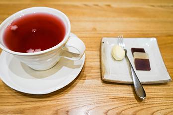 伝統茶屋の五味子茶