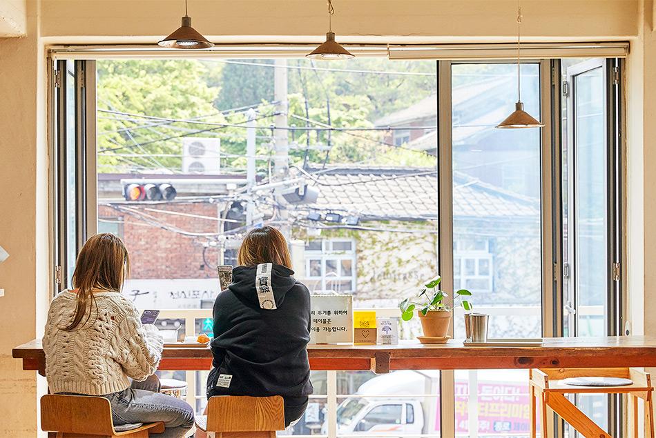 付岩洞にあるカフェ『CLUB ESPRESSO』