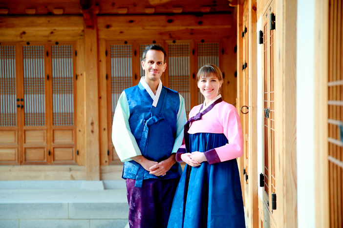 """Come learn Korea's traditional culture with us!"""