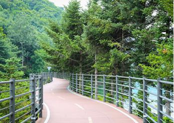 衣岩湖Sky Walk