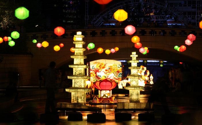 燃灯会(燃灯祭り)