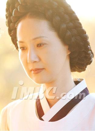 Yang Mi-gyeong (양미경)