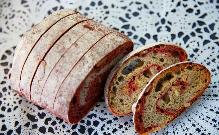 Пшеничный хлеб с орехами