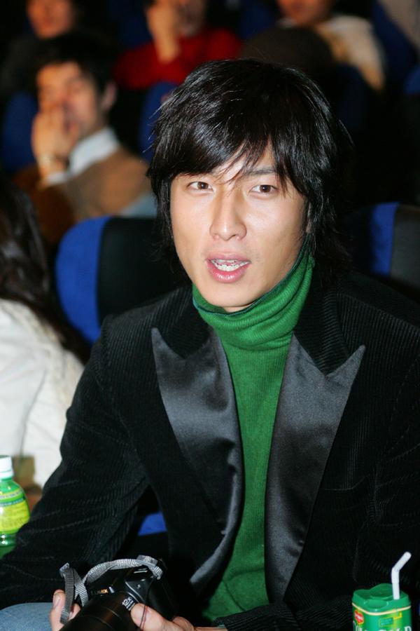 Park Geon-hyeong (박건형)