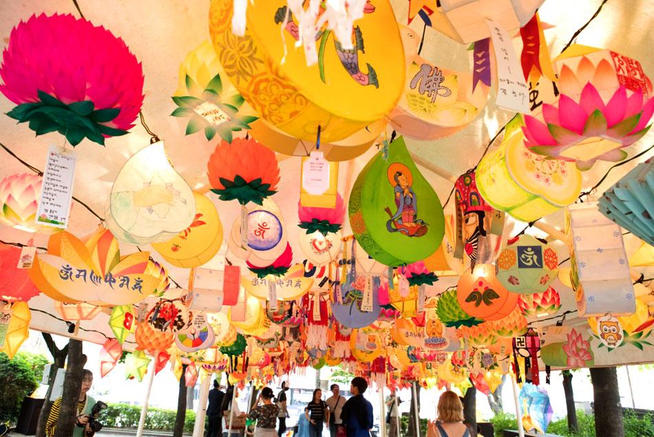 Lotus lantern display (Credit: Yeon Deung Hoe)