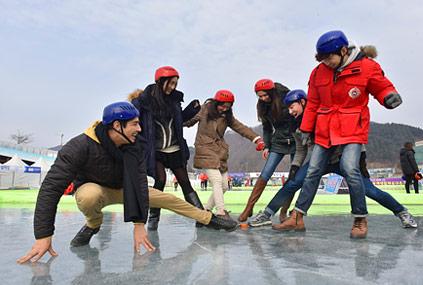 櫻鱒節豐富的冬季休閒運動