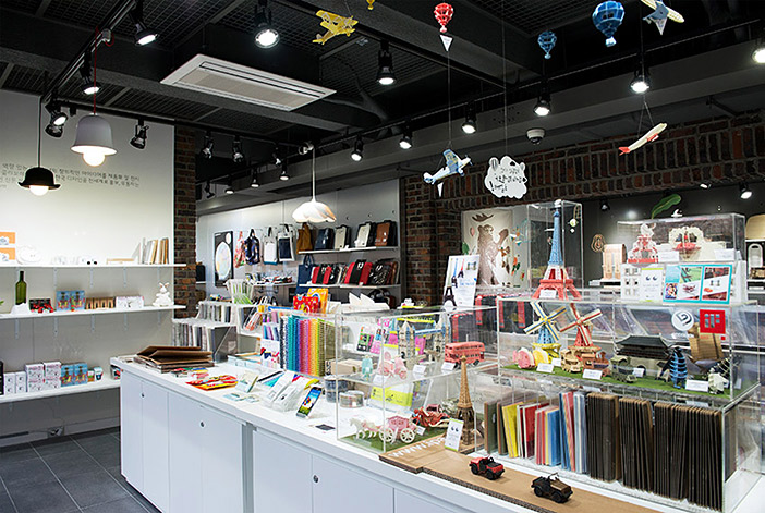Design Square shop