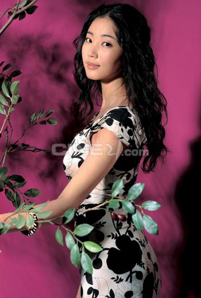 Kim Sa-rang (김사랑)