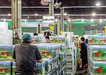 照片)可乐市场