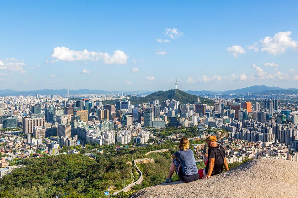 仁王山から臨むソウルの風景
