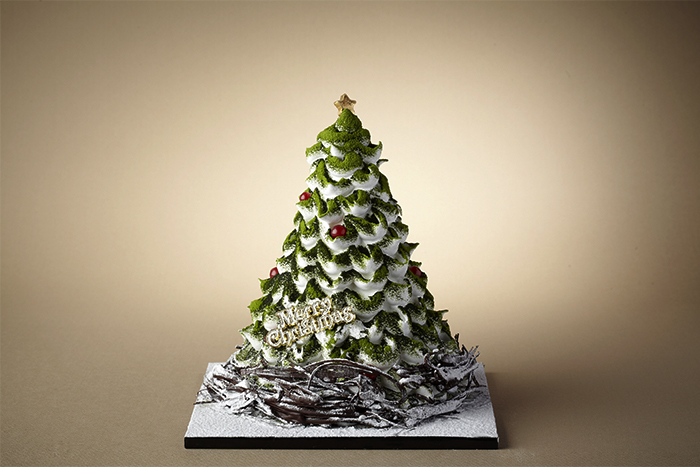 Christmas Tree Cake (Credit: The Shilla Hotel)