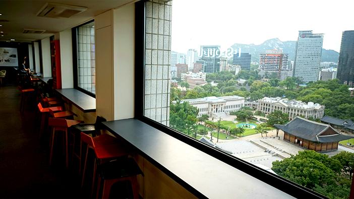 在贞洞展望台上俯瞰首尔风景(提供: 首尔市)