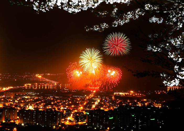 Sokcheonhang Port Multimedia Fireworks on the Sea
