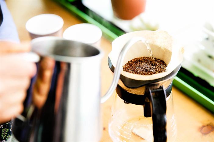 亚当磨坊内的磨坊咖啡(上) & 荞麦拌面以及荞麦煎饼(下)