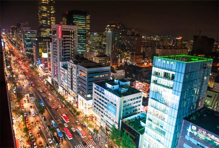 江南大路の夜景