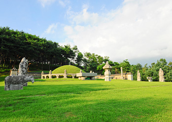 Yungneung Royal Tomb
