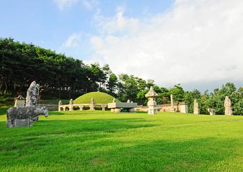 華城隆陵・健陵(ユンヌン・コルルン)