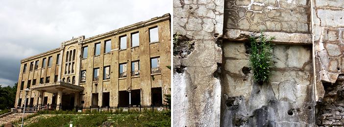 旧労働党舎の建物と被弾した壁