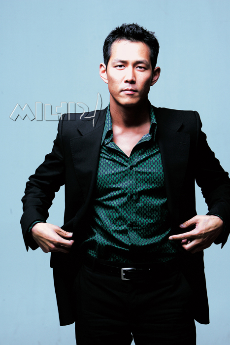 Lee Jung-jae (이정재)