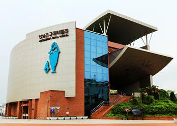 Jangsaengpo Whale Museum01