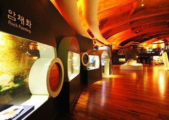 蔚山 Petroglyph Museum02