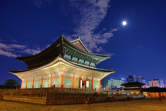 夜の景福宮