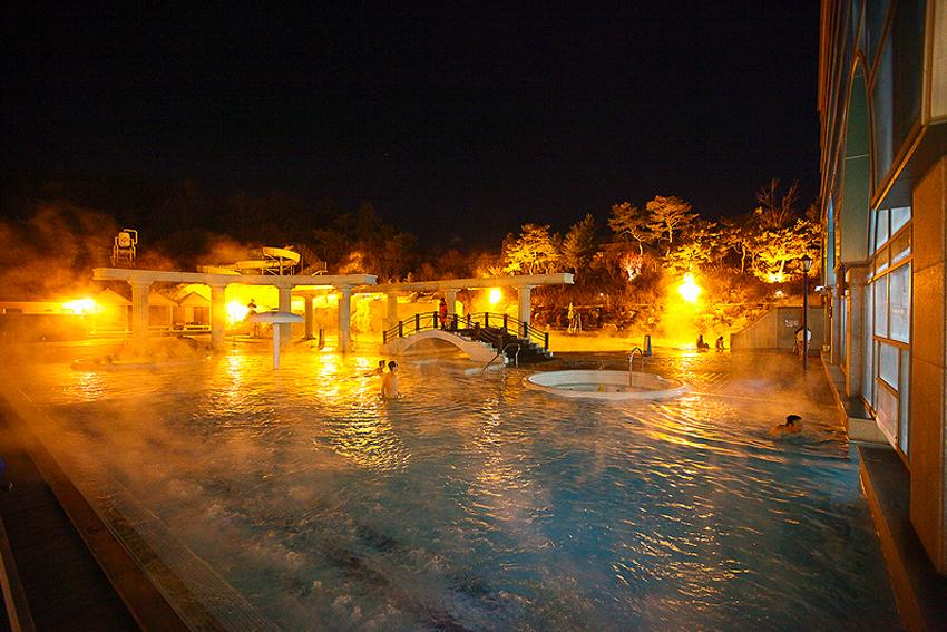 Горячие источники аквапарка Термеден (Источник: Termeden)