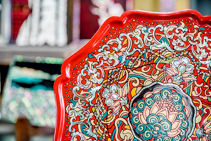 照片) JiHyang工坊以漆艺和贝壳等材质制成的生活用品及作品等