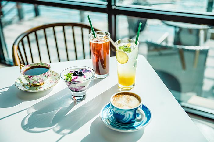 照片) 面朝大海的统营咖啡厅