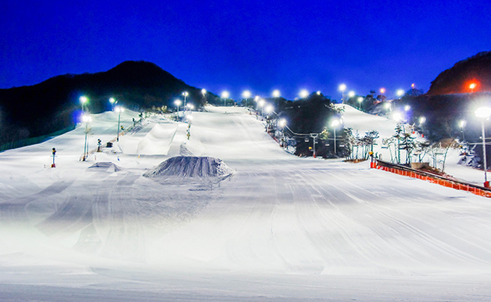 Jisan Forest Ski Resort nightscape (Credit: Jisan Forest Ski Resort)