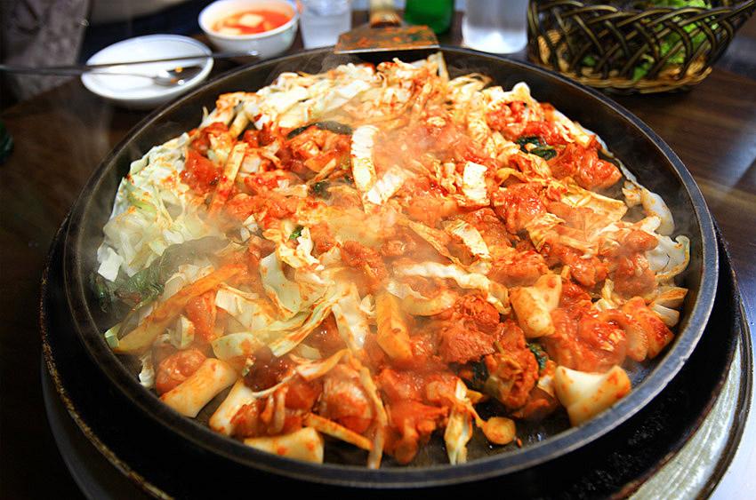 Dakgalbi en Chuncheon.
