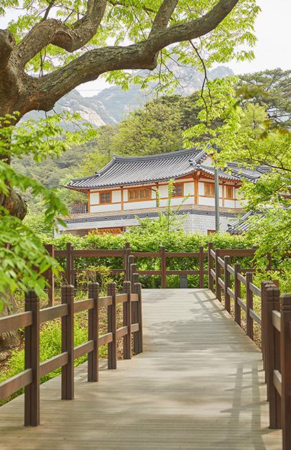 Прогулочная дорожка Ынпхён (Прогулочные тропы гор Пукхансан)