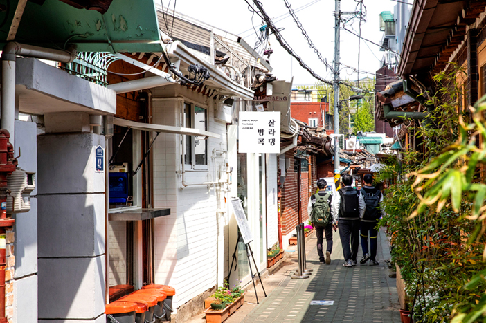 Ikseon-dong alley