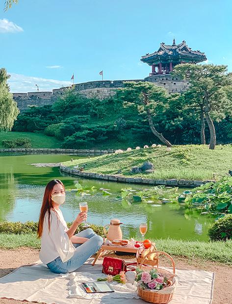 訪花随柳亭が見える芝生で楽しむピクニック&ピクニックセット