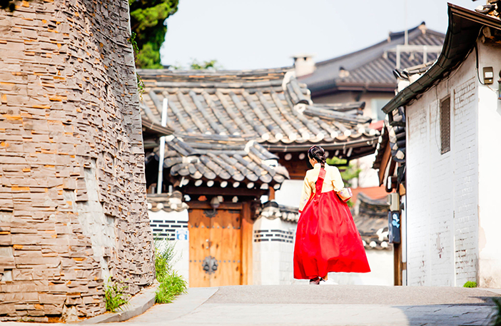 Photo: Hanbok at Bukcheon Hanok Village