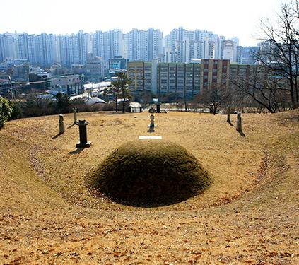 Tumba de Min Yeonghwan