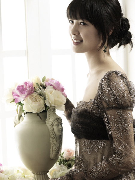 Lee Yo-won (이요원)