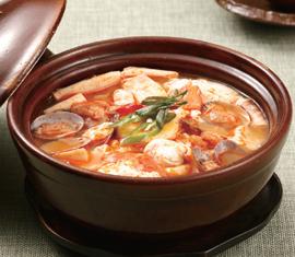 スンドゥブチゲ(純豆腐チゲ/순두부 찌개)