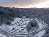 Winter of Woljeongsa Temple