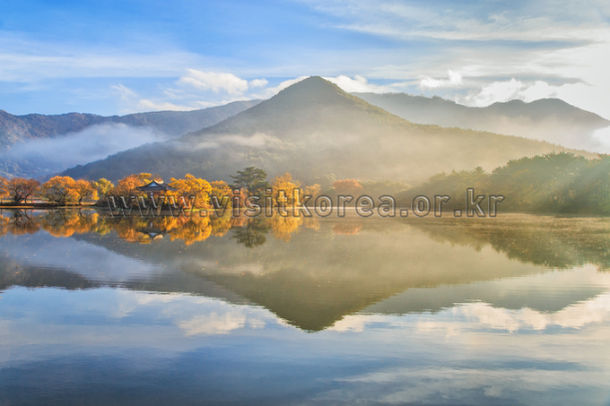 Autumn of Wiyangji Reservoir