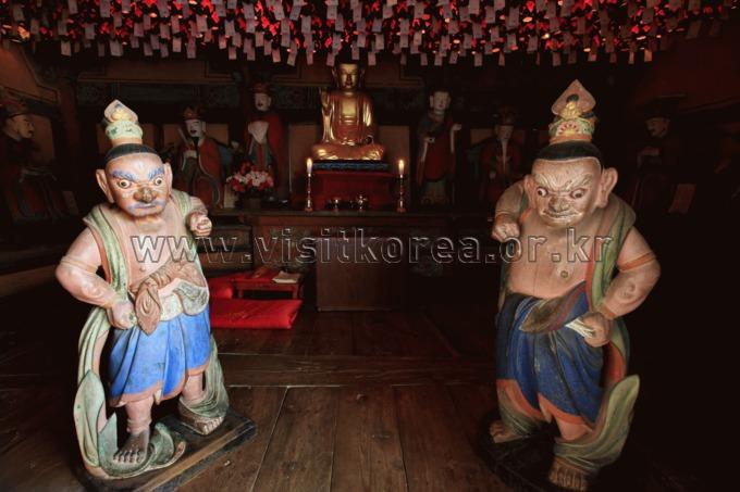 Heungguksa Temple in Yeosu