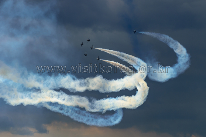 The Black Eagles Airshow