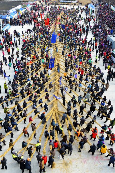 Folk Game Doju Juldarigi of Cheongdo