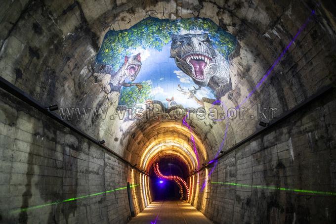 문경 오미자테마터널