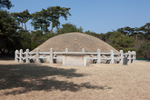 Tomb of King Seongdeok